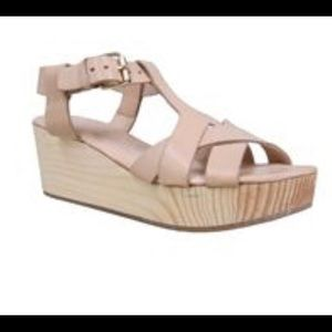 Elk Tresko Leather Clog Sandals in Nude
